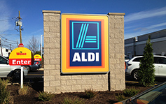 Aldi - monument Sign